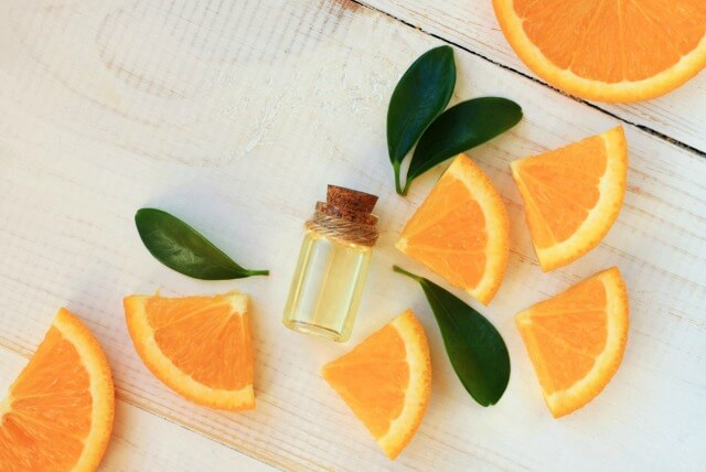 There are many uses for orange essential oils. #essentialoils